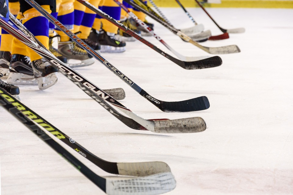 choosing the right ice hockey stick